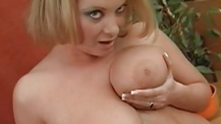 Large tits chick charms a weenie with riding